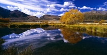 Autumn_at_the_Ben_Avon_tarns_Ahuriri_Valley