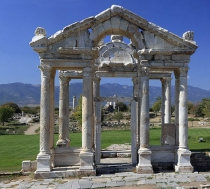 Ornamental_Gate_Tetrapylon_built_second_century_Aphrodisias_temple