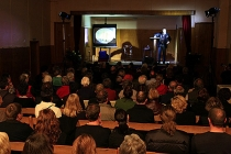 Audience_at_performance_of_Hatch_in_Luggate_memorial_hall