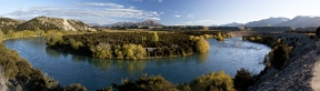 Photo_of_Central_Otago_l_Landscape_alongside_Clutha_River_near_Wanaka_from_Upper_Clutha_Trails_Trust_Wonderful_Walkway_from_Albert_Town_to_Luggate