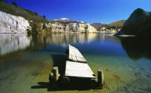 Old_Jetty_at_Blue_Lake_recreation_reserve_at_St_Bathans_Central_Otago