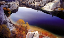 Blue_Lake_St_Bathans_Central_Otago_created_by_goldmining_activity