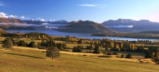 Panoramic_vista_of_Buchanan_range_to_the_west_of_lake_Wanaka