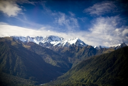 Southern_Alps_and_Copland_River_Valley_South_Westland